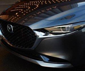 Đánh giá xe Mazda 3 2019: Đèn pha.