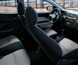 Đánh giá xe Mitsubishi Mirage 2019 CVT: Hàng ghế trước với ghế lái chính điện 6 hướng 1