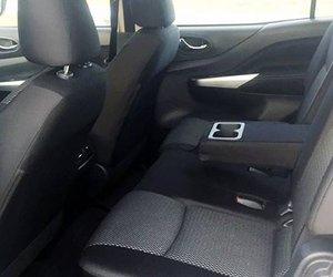 Ảnh chụp ghế sau xe Nissan Terra 2019 bản số sàn
