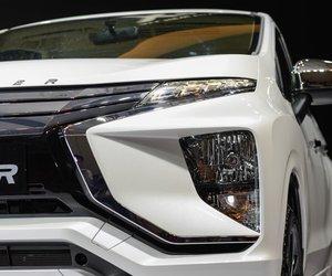 Ảnh phía trước đèn xe Mitsubishi Xpander 2018 màu trắng