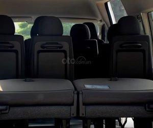 Đánh giá xe Toyota Hiace 2019 14