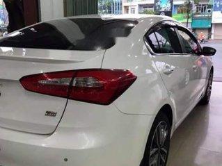 Bán Kia K3 2016, màu trắng còn mới, giá tốt