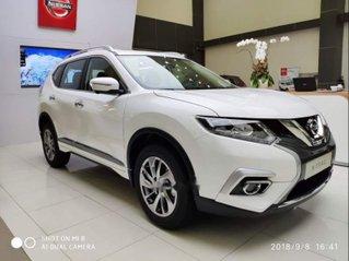Cần bán xe Nissan X trail đời 2018, màu trắng, giảm giá kịch sàn