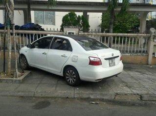 Xe Toyota Vios đời 2009, màu trắng còn mới