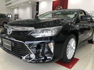 Bán ô tô Toyota Camry sản xuất năm 2019, giá thấp, giao nhanh toàn quốc