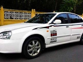 Bán Daewoo Magnus năm sản xuất 2002, màu trắng còn mới, 135 triệu