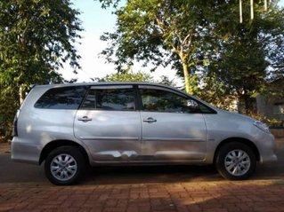 Bán Toyota Innova năm sản xuất 2010, màu bạc còn mới, giá 368tr