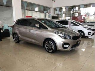 Bán xe Kia Rondo 2.0L MT đời 2019, xe giá thấp, giao nhanh toàn quốc