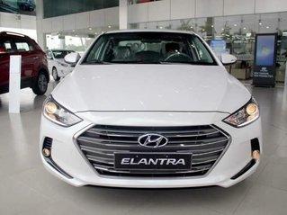 Bán Hyundai Elantra đời 2019, nhập khẩu nguyên chiếc, giá tốt, giao nhanh