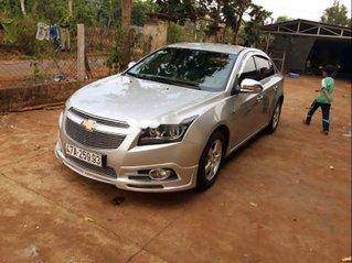 Bán ô tô Chevrolet Cruze sản xuất 2012, màu bạc, xe nhập còn mới giá cạnh tranh
