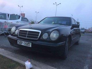 Cần bán Mercedes E230 đời 1996, nhập khẩu, 155tr