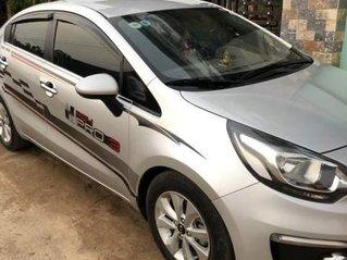 Cần bán Kia Rio sản xuất năm 2015, màu bạc còn mới, giá 358tr