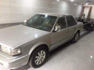 Cần bán Nissan Bluebird đời 1990, nhập khẩu