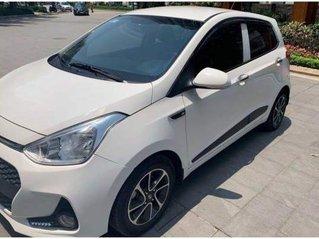 Bán Hyundai Grand i10 năm sản xuất 2018, màu trắng, chính chủ