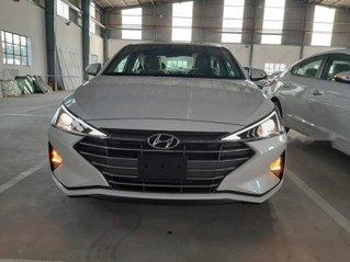 Bán ô tô Hyundai Elantra đời 2019, giá 580tr