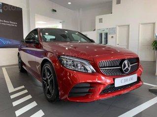 Mercedes C300 AMG 2020 Panorama màu đỏ, giảm tiền mặt, tặng bảo hiểm, 02 năm bảo dưỡng miễn phí tháng 10/2020