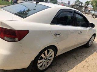 Cần bán Kia Forte năm 2011, màu trắng còn mới giá cạnh tranh