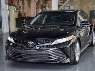 Bán Toyota Camry 2.5Q đời 2019, màu đen, nhập từ Thái