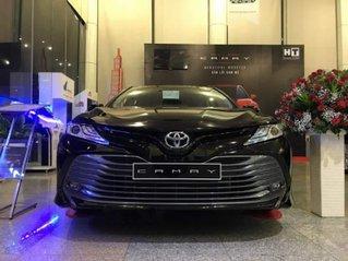 Cần bán xe Toyota Camry năm 2019, màu đen, nhập khẩu