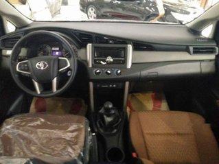 Cần bán xe Toyota Innova đời 2019, nhập khẩu
