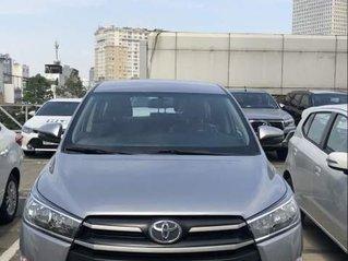 Cần bán xe Toyota Innova E MT sản xuất năm 2019, xe giá thấp, giao nhanh toàn quốc
