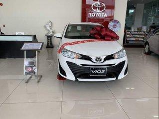 Cần bán xe Toyota Vios sản xuất năm 2019, màu trắng