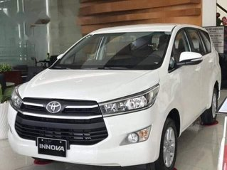 Bán Toyota Innova E MT đời 2019, giá thấp, giao nhanh