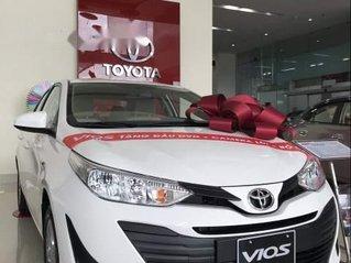 Cần bán Toyota Vios đời 2019, màu trắng, 490tr
