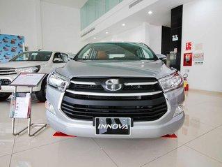 Cần bán Toyota Innova MT sản xuất năm 2019, giá chỉ thấp, giao nhanh