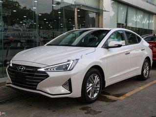 Bán xe Hyundai Elantra đời 2019, có xe giao nhanh, hỗ trợ giấy tờ