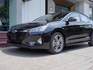 Bán xe Hyundai Elantra đời 2019, màu đen, xe nhập, 744 triệu