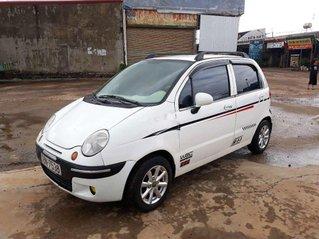 Bán xe Daewoo Matiz năm sản xuất 2005, màu trắng, xe nhập còn mới