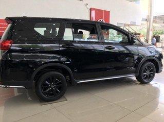 Bán Toyota Innova 2019, màu đen, giao xe nhanh