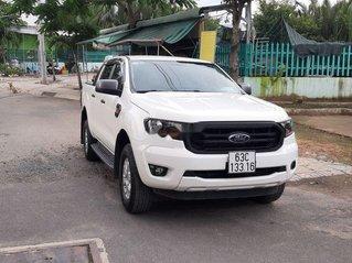 Bán Ford Ranger sản xuất năm 2018, màu trắng, xe nhập