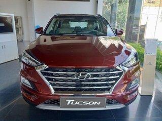 Cần bán xe Hyundai Tucson 2019, màu đỏ