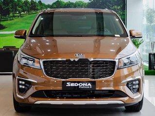 Bán ô tô Kia Sedona Deluxe năm sản xuất 2018, xe giá thấp, giao nhanh toàn quốc