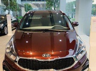 Bán xe Kia Rondo năm sản xuất 2019, màu đỏ, giá tốt