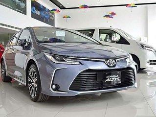 Bán xe Toyota Corolla Altis 2019, màu bạc, nhập khẩu, 725 triệu