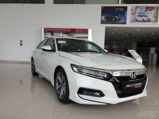 Honda Accord giá cực tốt dịp kho xả hàng, liên hệ ngay TPBH Mr. Trung