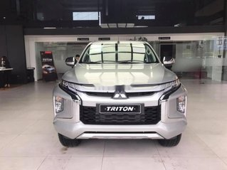 Bán Mitsubishi Triton năm sản xuất 2019, màu bạc, xe nhập. Giao xe ngay