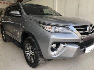Bán xe Toyota Fortuner đời 2019, màu bạc