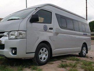 Chính chủ bán Toyota Hiace năm 2018, màu bạc, xe nhập