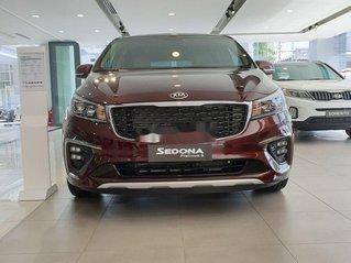 Bán xe Kia Sedona đời 2019, màu đỏ. Ưu đãi hấp dẫn