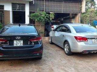 Bán Hyundai Elantra sản xuất năm 2017, màu đen còn mới, 565 triệu
