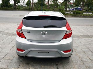 Chính chủ bán Hyundai Accent Blue 1.4AT đời 2015, màu bạc, nhập khẩu