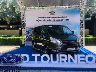 Cần bán xe Ford Tourneo sản xuất năm 2019, màu đen, giao xe nhanh