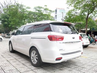 Bán xe Kia Sedona DATH sản xuất năm 2019, màu trắng, ưu đãi giảm giá sâu