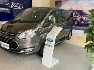 Ford Tourneo Trend 2.0AT 2019 giá cạnh tranh, tặng quà chính hãng, giao nhanh toàn quốc