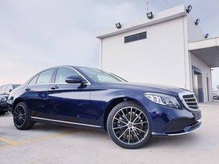 Ưu đãi 50% thuế trước bạ khi mua chiếc Mercedes-Benz C200 Exclusive, đời 2019