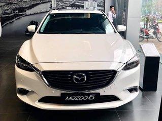 Cần bán xe Mazda 6 2.0 Deluxe, sản xuất 2019, có sẵn xe, giao nhanh toàn quốc